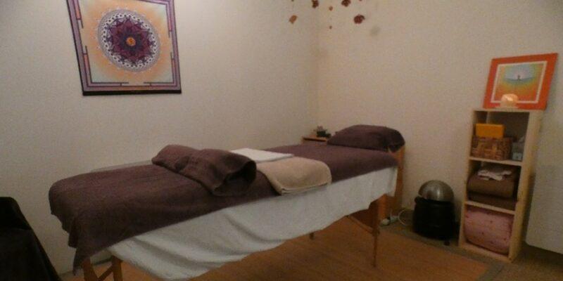 Thérapeute psychocorporelle à Luc Sur Aude et praticienne en massages de bien-être