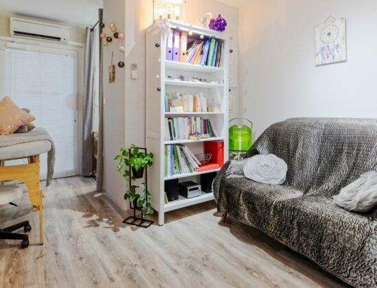 Aromathérapeute, phytothérapeute, naturopathe, iridologue, soins énergétiques, réflexologue, magnétiseuse et coupeur de feu, praticienne en massage bien-être – Aix-En-Provence