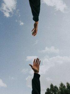 Devenir thérapeute : Tendre la main à son patient