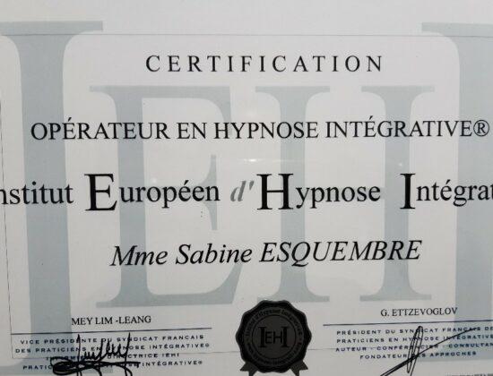 SABINE ESQUEMBRE – PRATICEN EN HYPNOSE – Oraison