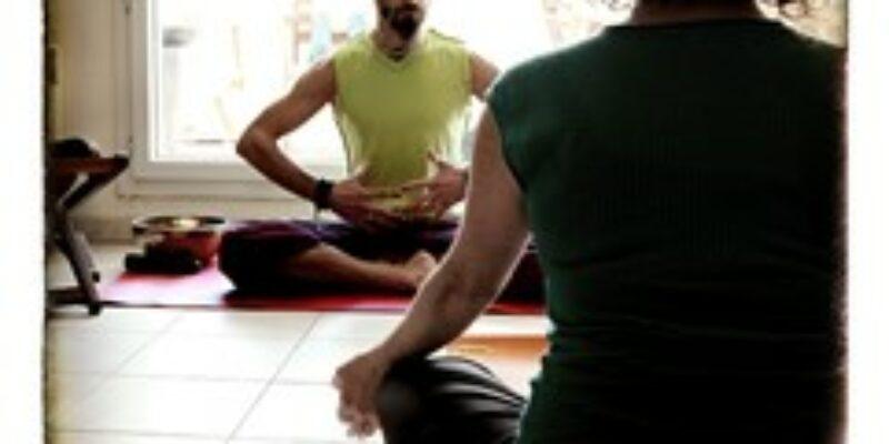 Professeur de Yoga à Toulouse – Bain de Gong – Voyage sonore