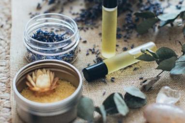Réalisation d'une huile de massage fait maison, pour soulager une sciatique
