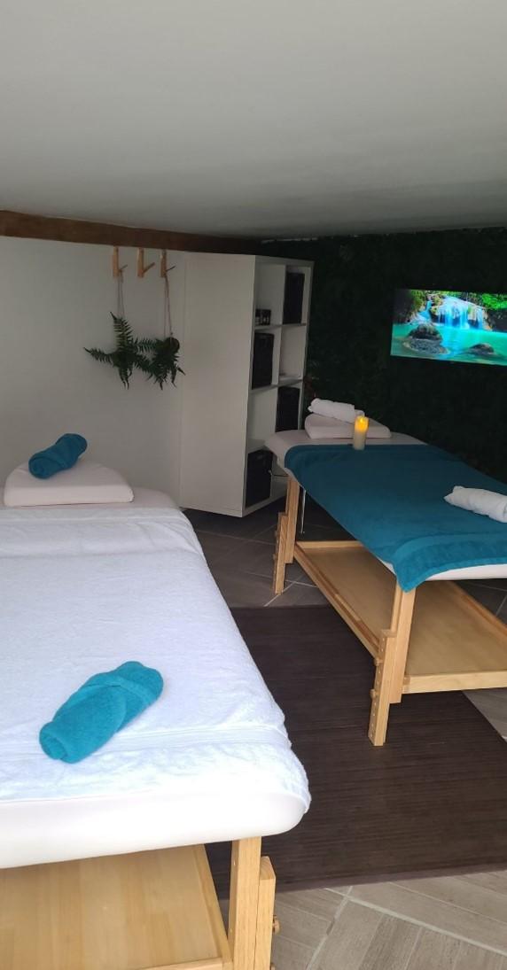Thérapeute holistique, Praticienne massages bien-être, spécialité périnatalité