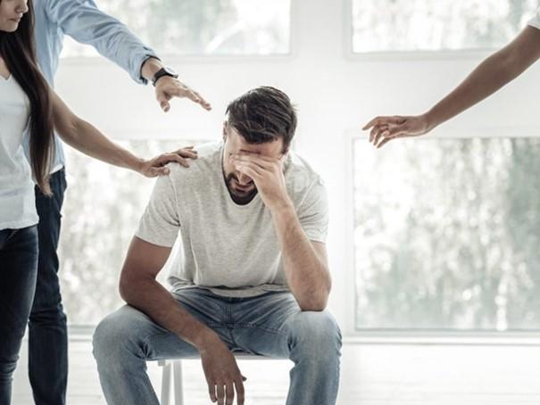 Etre soutenu et entouré pour surmonter un traumatisme psychologique