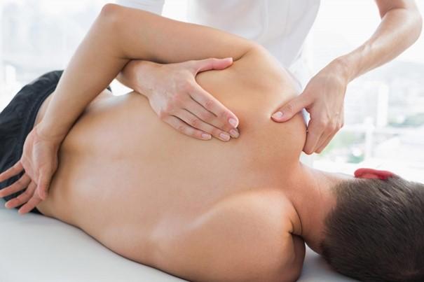 Une technique manuelle proche de l'ostéopathie