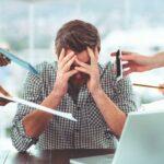 Une surcharge de travail trop intense peut entraîner un burnout